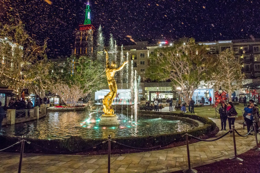 Nightly snowfall effect at The Americana at Brand in Glendale, CA.