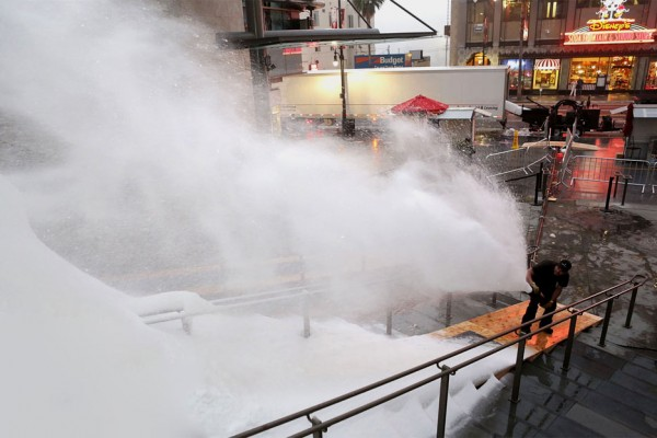 Snow Making Company MagicSnow Creates a Real Snow landscape on Hollywood Blvd.